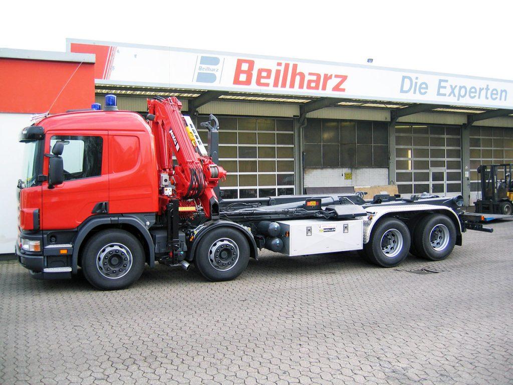 Abrollkipper für Wechselladerfahrzeuge 4-Achs-LKW mit Ladekran und Meiller-Abrollkipper