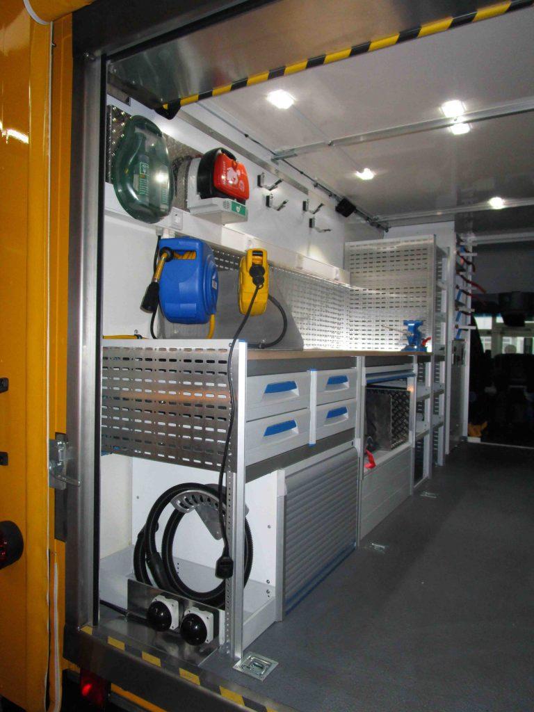 Airfield-Lighting-Service_Beilharz7