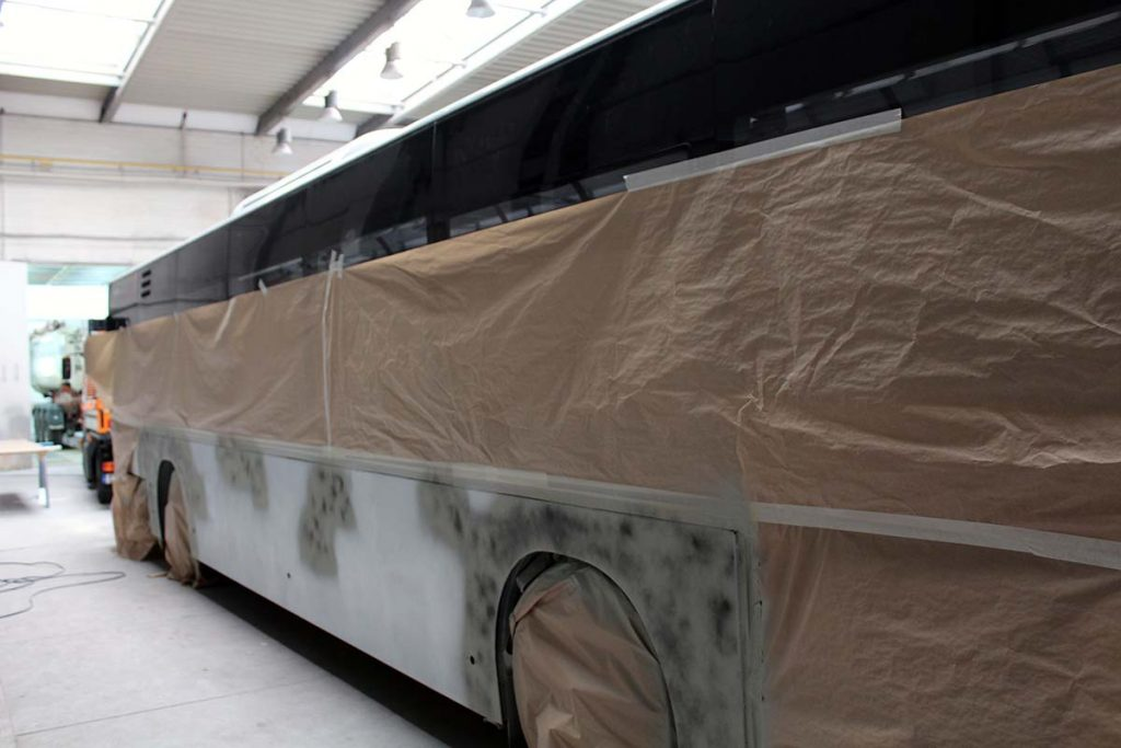 Lackierung Bus