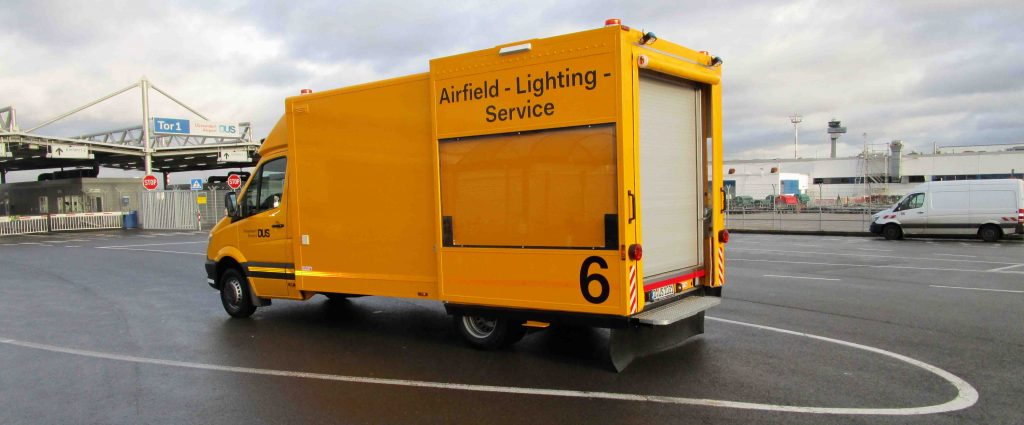Airfield-Lighting-Service_Beilharz1