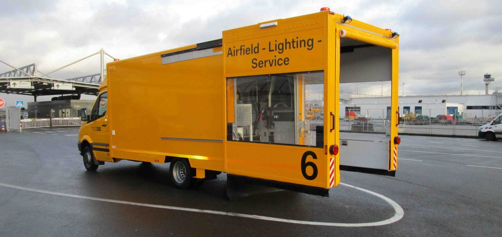 Airfield-Lighting-Service_Beilharz3