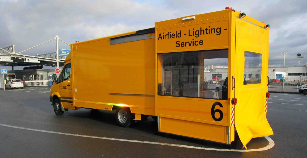 Airfield-Lighting-Service_Beilharz5