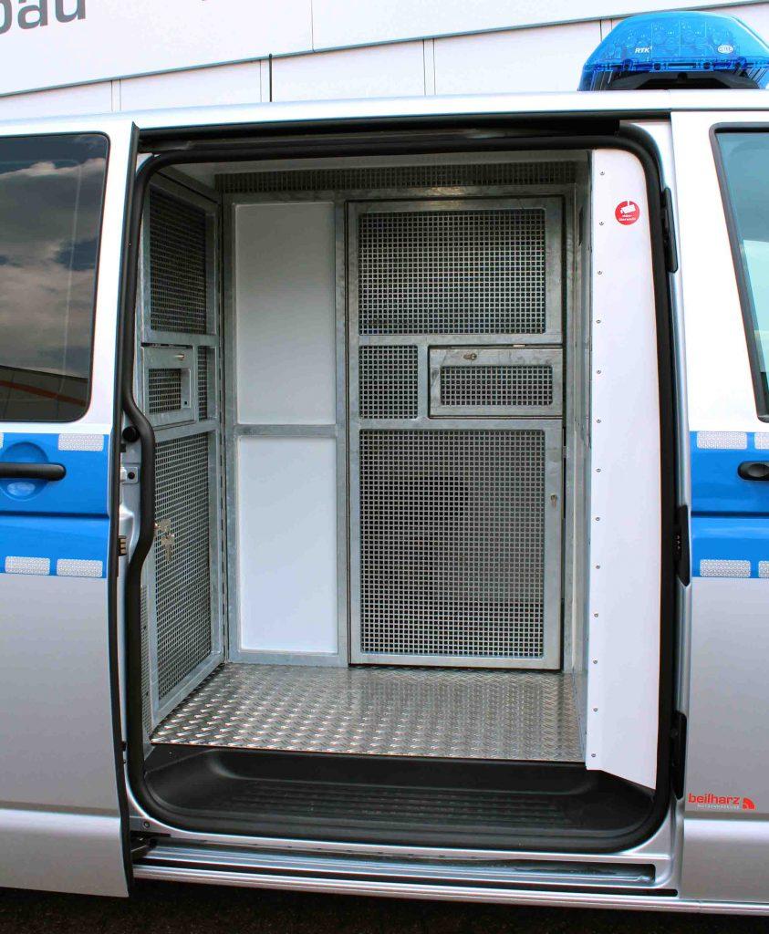3_Gefangenentransporter_Beilharz_KTW