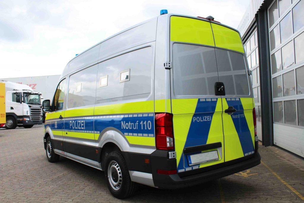 Sonderfahrzeug Polizei_1